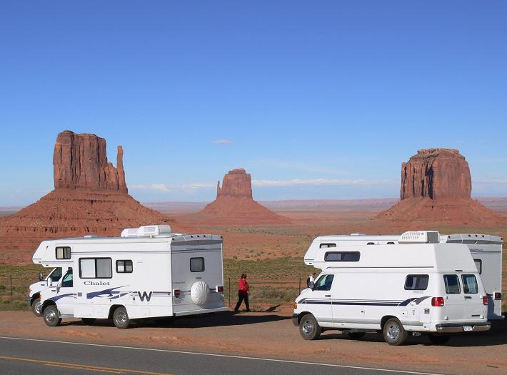 Camper alla Monument Valley
